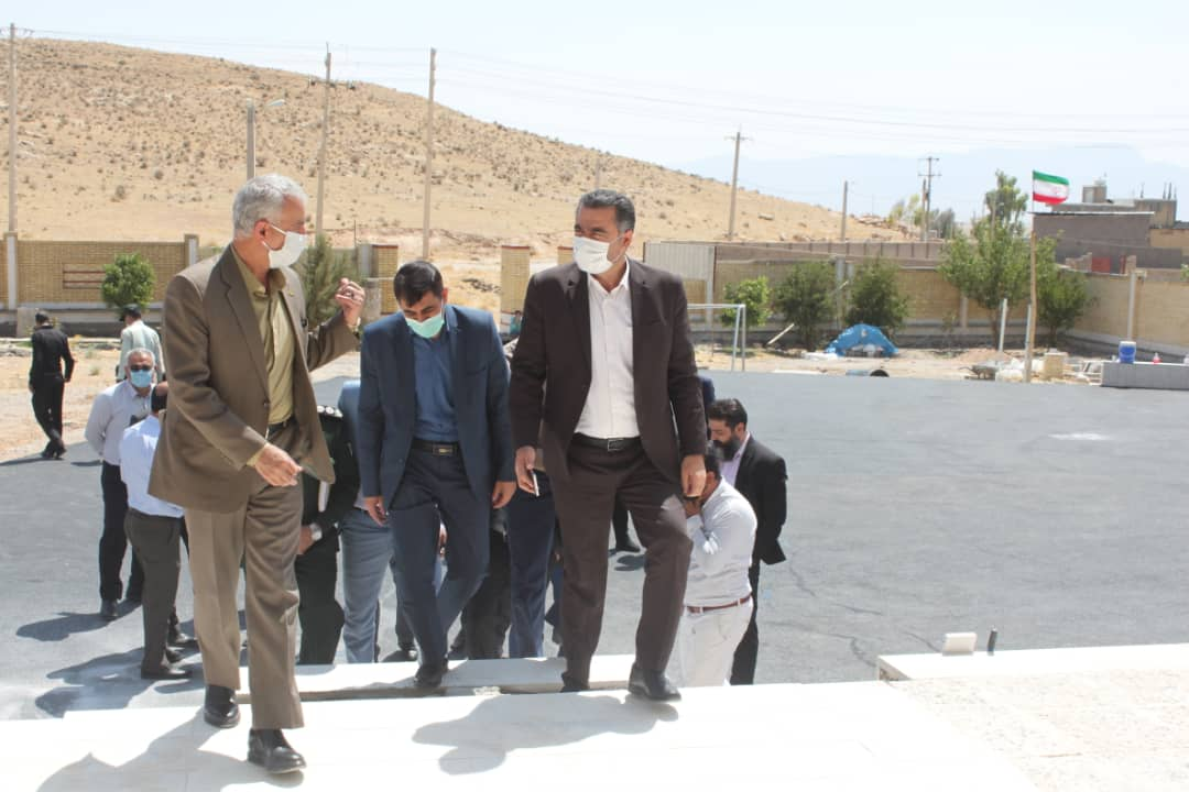 بازدید مدیرکل نوسازی مدارس فارس از مدارس عشایری و پروژه های شهرستان سروستان